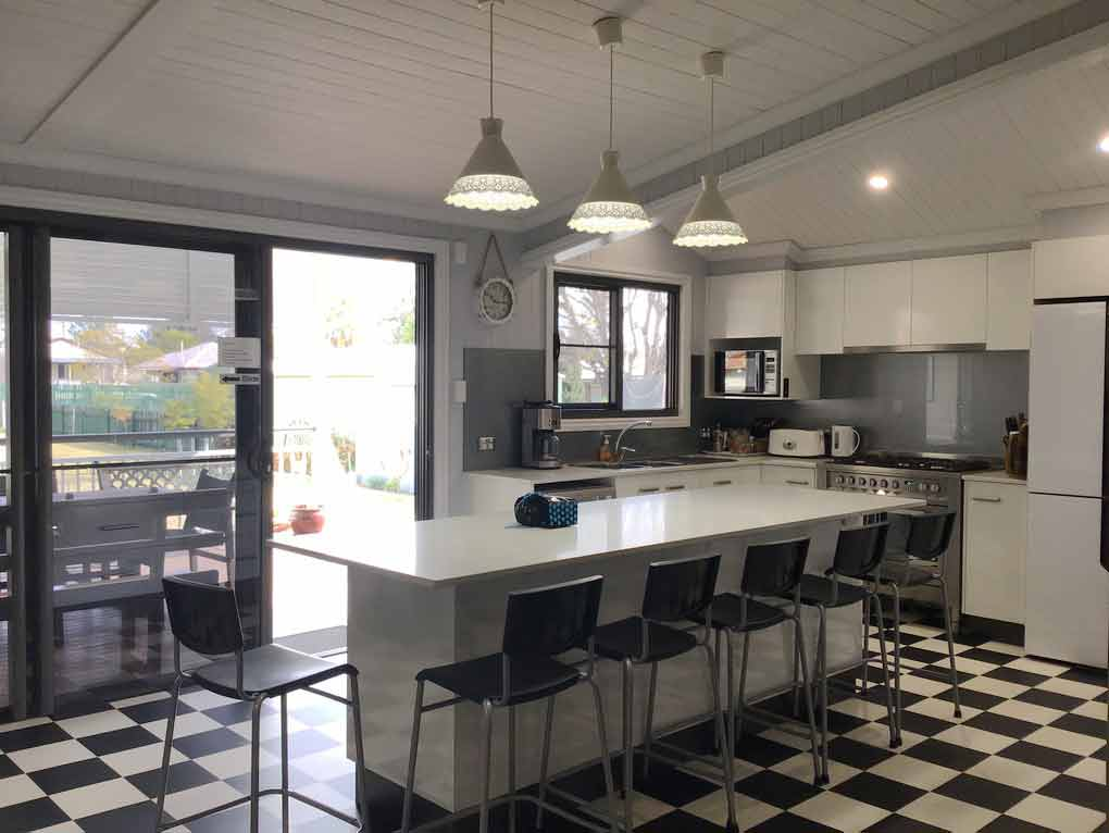 Area51-Warwick-Accommodation-Bartable