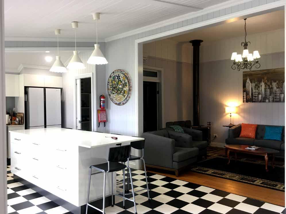 Lounge-Dining-Area51-Warwick-QLD accommodation