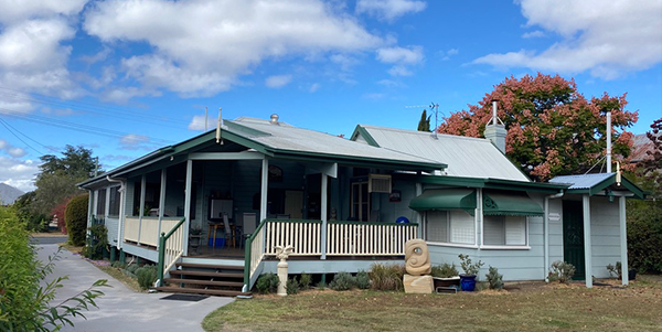 Pitstop-Lodge-Whole-House-Accommodation-Warwick-QLD